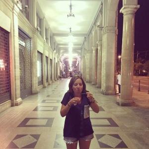 En Cagliari, comiendo helado